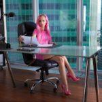Jak wybrać fotel obrotowy do biura?